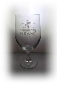 Billede af Glas Shepherd Neame pint m stilk
