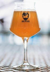 Billede af Glas Brewdog Teku på stilk 420 ml